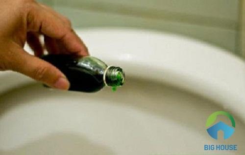 cách sửa bồn cầu bị rò nước