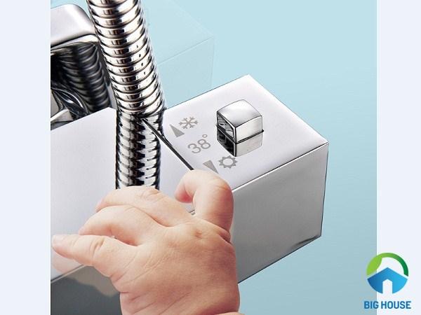 cách sử dụng sen tắm nhiệt độ