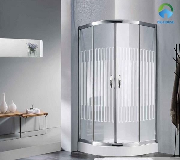 Bồn tắm đứng loại nhỏ Euroling EU-4440 tiết kiệm được tối đa diện tích không gian