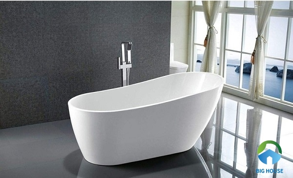 bồn tắm sứ